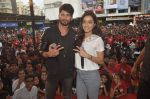 Shraddha Kapoor, Shahid Kapoor at Haider promotions at Umang College festival  in Parle, Mumbai on 15th Aug 2014 (345)_53ef4cbed1b17.JPG