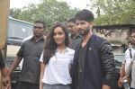 Shraddha Kapoor, Shahid Kapoor at Haider promotions at Umang College festival  in Parle, Mumbai on 15th Aug 2014 (86)_53ef4c479effe.JPG