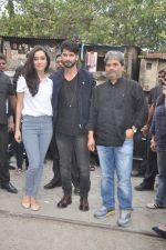 Shraddha Kapoor, Shahid Kapoor, Vishal Bharadwaj at Haider promotions at Umang College festival  in Parle, Mumbai on 15th Aug 2014 (29)_53ef4cc5d3529.JPG