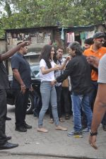 Shraddha Kapoor, Vishal Bharadwaj at Haider promotions at Umang College festival  in Parle, Mumbai on 15th Aug 2014 (10)_53ef4ce4a755c.JPG