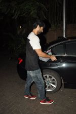 Aditya Roy Kapoor snapped at Ranbir_s house on 16th Aug 2014 (5)_53f0996897b22.JPG