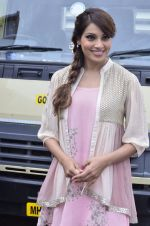 Bipasha Basu promotes Creature at Mithibai college fest in Mumbai on 16th Aug 2014 (358)_53f099ec519a3.JPG