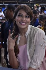 Bipasha Basu promotes Creature at Mithibai college fest in Mumbai on 16th Aug 2014 (467)_53f09a87464c9.JPG
