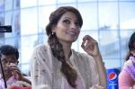 Bipasha Basu promotes Creature at Mithibai college fest in Mumbai on 16th Aug 2014 (510)_53f09ac8e8c5a.JPG