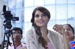Bipasha Basu promotes Creature at Mithibai college fest in Mumbai on 16th Aug 2014 (514)_53f09acfd3378.JPG
