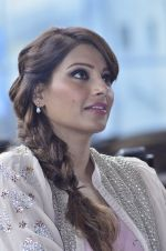 Bipasha Basu promotes Creature at Mithibai college fest in Mumbai on 16th Aug 2014 (549)_53f09b02a64d7.JPG