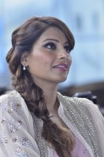 Bipasha Basu promotes Creature at Mithibai college fest in Mumbai on 16th Aug 2014 (550)_53f09b03f2b93.JPG