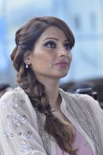 Bipasha Basu promotes Creature at Mithibai college fest in Mumbai on 16th Aug 2014 (551)_53f09b054029c.JPG