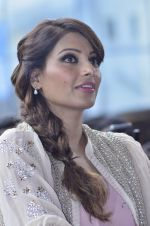 Bipasha Basu promotes Creature at Mithibai college fest in Mumbai on 16th Aug 2014 (553)_53f09b07da4be.JPG