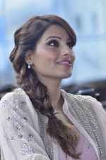 Bipasha Basu promotes Creature at Mithibai college fest in Mumbai on 16th Aug 2014 (557)_53f09b0d613bb.JPG