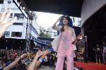 Bipasha Basu promotes Creature at Mithibai college fest in Mumbai on 16th Aug 2014 (608)_53f09b54953a9.JPG
