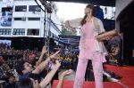 Bipasha Basu promotes Creature at Mithibai college fest in Mumbai on 16th Aug 2014 (614)_53f09b5d1cb52.JPG