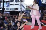Bipasha Basu promotes Creature at Mithibai college fest in Mumbai on 16th Aug 2014 (617)_53f09b6183247.JPG