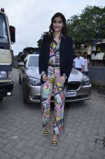 Sonam Kapoor at Mithibai college fest in Mumbai on 16th Aug 2014 (12)_53f09c25dde74.JPG