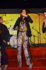 Sonam Kapoor at Mithibai college fest in Mumbai on 16th Aug 2014 (162)_53f09cf847982.JPG
