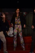 Sonam Kapoor at Mithibai college fest in Mumbai on 16th Aug 2014 (168)_53f09d008ea30.JPG