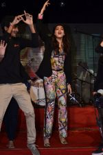 Sonam Kapoor at Mithibai college fest in Mumbai on 16th Aug 2014 (192)_53f09d2115890.JPG