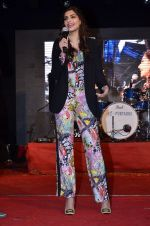 Sonam Kapoor at Mithibai college fest in Mumbai on 16th Aug 2014 (229)_53f09d5258537.JPG