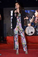 Sonam Kapoor at Mithibai college fest in Mumbai on 16th Aug 2014 (230)_53f09d53bf675.JPG