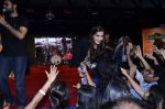 Sonam Kapoor at Mithibai college fest in Mumbai on 16th Aug 2014 (248)_53f09d6d9cdd8.JPG