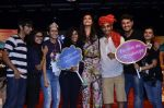 Sonam Kapoor at Mithibai college fest in Mumbai on 16th Aug 2014 (262)_53f09d823c429.JPG