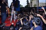 Sonam Kapoor at Mithibai college fest in Mumbai on 16th Aug 2014 (278)_53f09d9c3a730.JPG
