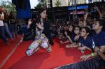 Sonam Kapoor at Mithibai college fest in Mumbai on 16th Aug 2014 (305)_53f09dc5c2bfa.JPG
