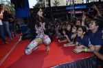 Sonam Kapoor at Mithibai college fest in Mumbai on 16th Aug 2014 (306)_53f09dc728b58.JPG