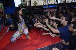 Sonam Kapoor at Mithibai college fest in Mumbai on 16th Aug 2014 (313)_53f09dd134fcc.JPG