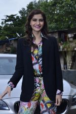 Sonam Kapoor at Mithibai college fest in Mumbai on 16th Aug 2014 (43)_53f09c54d4808.JPG