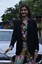 Sonam Kapoor at Mithibai college fest in Mumbai on 16th Aug 2014 (48)_53f09c5b7927c.JPG