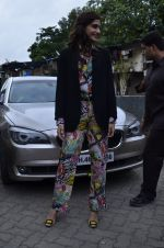Sonam Kapoor at Mithibai college fest in Mumbai on 16th Aug 2014 (51)_53f09c6006a19.JPG