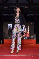 Sonam Kapoor at Mithibai college fest in Mumbai on 16th Aug 2014 (96)_53f09c9d74e56.JPG
