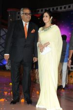 Boney Kapoor and Sridevi at Rajiv Reddy_s engagement in Hyderabad on 17th Aug 2014 (27)_53f1a29faf452.JPG