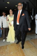 Boney Kapoor and Sridevi at Rajiv Reddy_s engagement in Hyderabad on 17th Aug 2014 (45)_53f1a287d05a6.JPG