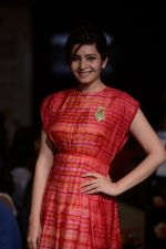 Shonali Nagrani walk for Swati Vijaygarge at Lakme Fashion Week Winter Festive 2014 Day 3 on 21st Aug 2014 (68)_53f7434e41b15.JPG