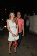 Vindu Dara Singh, Dina Umarova at Koovs Nikhil Chinnapa bash in Famous Studio on 21st Aug 2014 (119)_53f7249e32489.JPG
