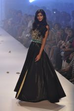 Diana Penty walk the ramp for Rocky S at Lakme Fashion Week Winter Festive 2014 Day 4 on 22nd Aug 2014 (22)_53f88c4e8b159.JPG