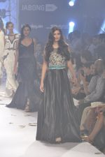 Diana Penty walk the ramp for Rocky S at Lakme Fashion Week Winter Festive 2014 Day 4 on 22nd Aug 2014 (40)_53f88c5141fb4.JPG