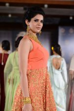 Deeksha Seth at Azva launch in Guhwati on 23rd Aug 2014 (21)_53f9dcf8e7a10.JPG