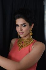 Deeksha Seth at Azva launch in Guhwati on 23rd Aug 2014 (9)_53f9dceaa8905.JPG