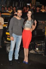 Emraan Hashmi, Humaima Malik at Raja Natwarlal special screening for Rickshaw Drivers in Mumbai on 23rd Aug 2014 (45)_53f9ddb0ea9e6.JPG