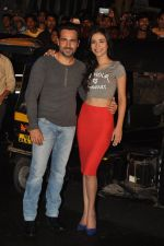 Emraan Hashmi, Humaima Malik at Raja Natwarlal special screening for Rickshaw Drivers in Mumbai on 23rd Aug 2014 (48)_53f9ddb36cdd2.JPG