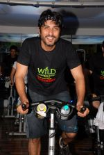 Vikas Bhalla at Gold Gym Super Spin Contest in Bandra, Mumbai on 23rd Aug 2014 (130)_53f9d940d3703.JPG
