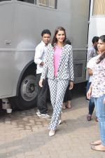 Sonam Kapoor on the sets of captain tao in Mumbai on 24th Aug 2014 (19)_53fafd4cca74f.JPG