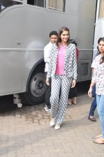 Sonam Kapoor on the sets of captain tao in Mumbai on 24th Aug 2014 (20)_53fafd532c627.JPG