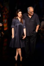 Sridevi, Boney Kapoor at Manish Malhotra at LFW 2014 Day 6 on 24th Aug 2014 (61)_53fb19e30100a.JPG