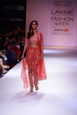 Vaani Kapoor walk the ramp for Payal Singhal at LFW 2014 Day 5 on 23rd Aug 2014 (302)_53faf8be595a8.JPG