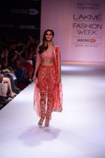Vaani Kapoor walk the ramp for Payal Singhal at LFW 2014 Day 5 on 23rd Aug 2014 (303)_53faf8bf5693e.JPG