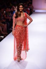 Vaani Kapoor walk the ramp for Payal Singhal at LFW 2014 Day 5 on 23rd Aug 2014 (307)_53faf8c41b80d.JPG